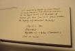 La Présidente a signé le livre de condoléances du Roi de Thaïlande